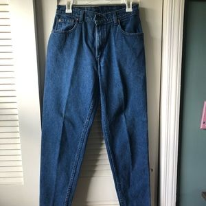 """Levi's """"Mom Jeans"""""""